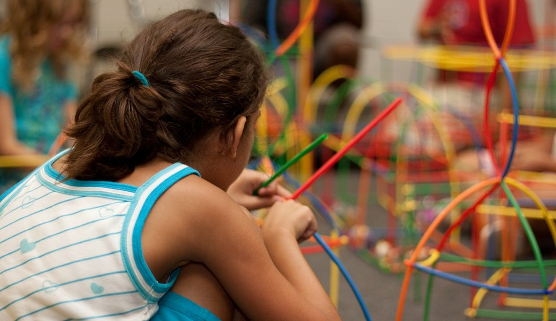 Como evitar viroses em crianças que frequentam ambientes compartilhados?